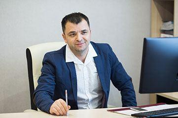 Руслан Ахмедханов